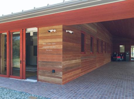 専用の入口と保育部屋